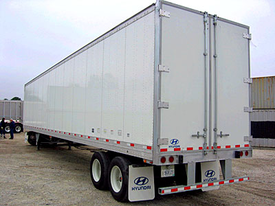 US Trailer Rental Sales Lease and Storage Buys Rents and Repairs All Commercial Trailers Reefers Flatbeds and Dry Vans image_20171206_043844_11