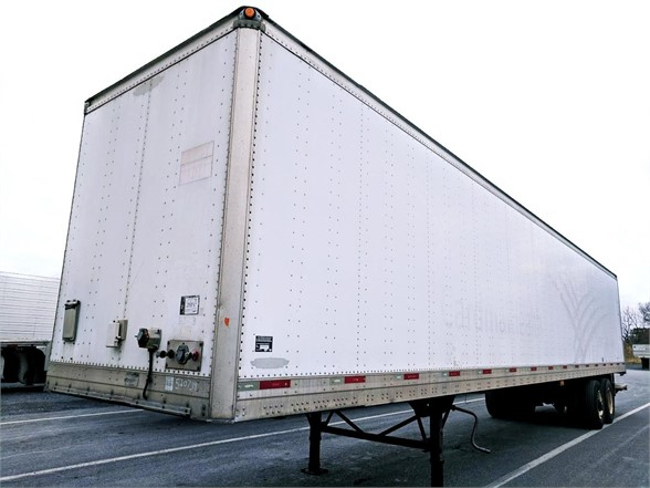 US Trailer Rental Sales Lease and Storage Buys Rents and Repairs All Commercial Trailers Reefers Flatbeds and Dry Vans image_20171206_043844_5