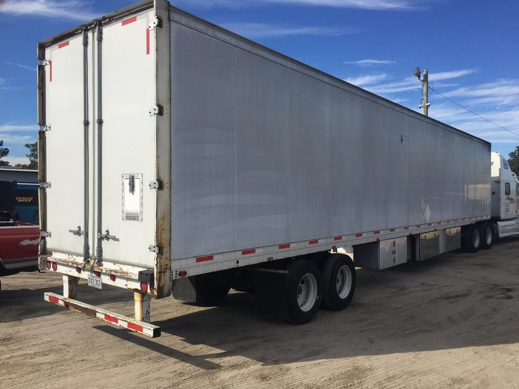 US Trailer Rental Sales Lease and Storage Buys Rents and Repairs All Commercial Trailers Reefers Flatbeds and Dry Vans image_20171206_043855_143