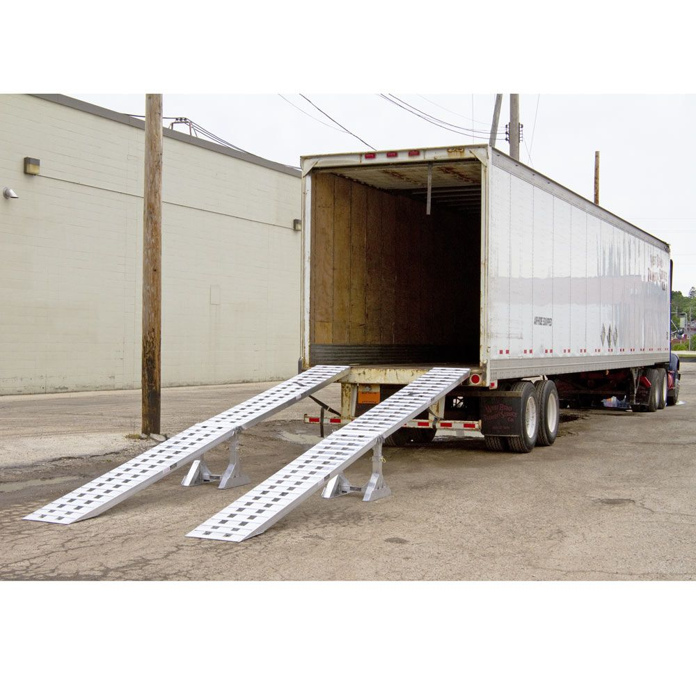 US Trailer Rental Sales Lease and Storage Buys Rents and Repairs All Commercial Trailers Reefers Flatbeds and Dry Vans image_20171206_043855_152