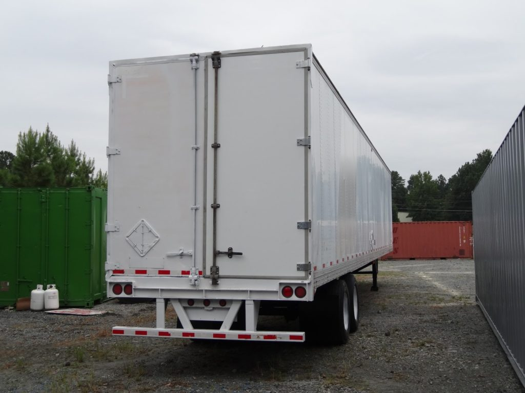 US Trailer Rental Sales Lease and Storage Buys Rents and Repairs All Commercial Trailers Reefers Flatbeds and Dry Vans image_20171206_043858_195