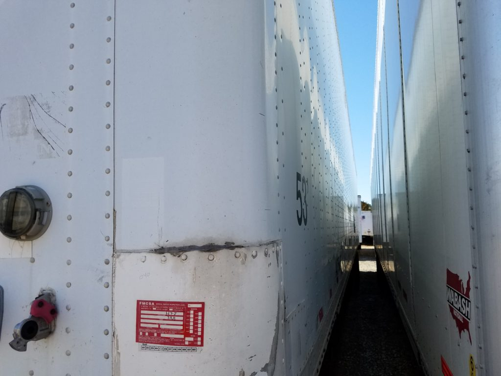 US Trailer Rental Sales Lease and Storage Buys Rents and Repairs All Commercial Trailers Reefers Flatbeds and Dry Vans image_20171206_043903_268